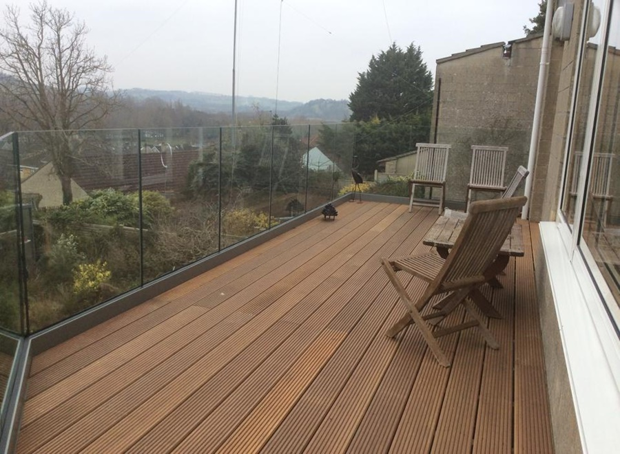Steel Fabrication with Glass and Decking